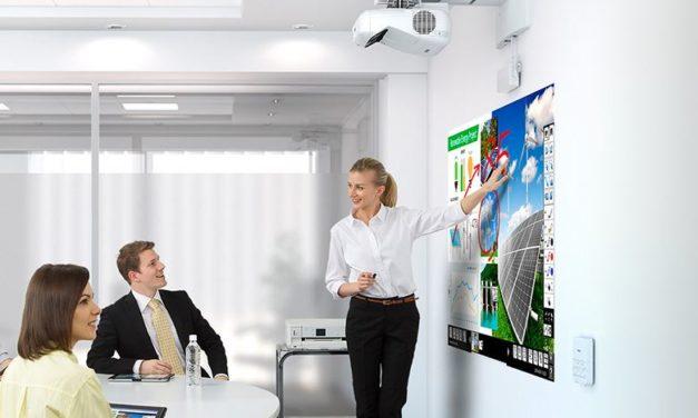 Videoproiettori Epson: ecco perché lo schermo è importante